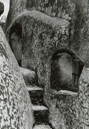 MANUEL ALVAREZ  BRAVO - Window to the Choir, 1936