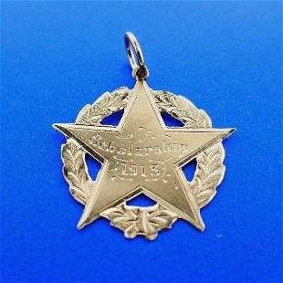 ANTIQUE 9k Yellow Gold Scholarship Star Pendant Charm