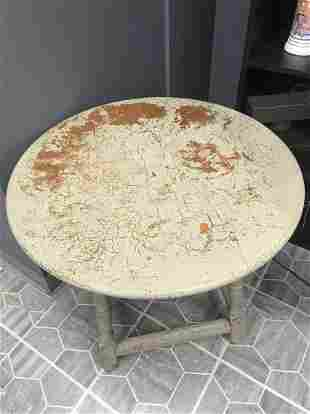 Round Cream/Brick Crackle Finish Table