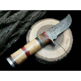 Exclusive pattern damascus steel knife leather scabbard