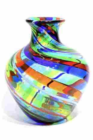 Murano glass vase with filigrana signed