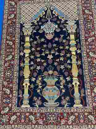Semi Antique Hand Woven Persian Esfahan 6.8x4.10 ft