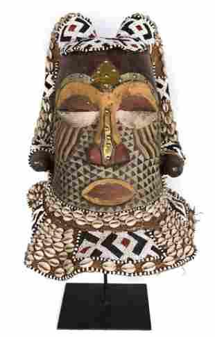 Helmet Mask – Beads, Cauris, Wood – Nyet – KUBA – Congo