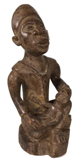 Maternity figure – Wood – Yombe – DR Congo
