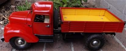 Gama 501 tipper truck (Made in Germany), windup motor