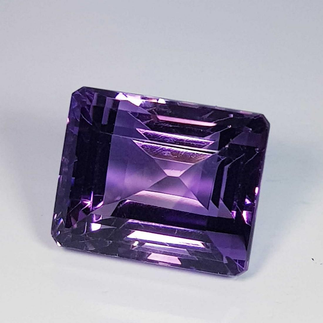 Top Quality Octagon Cut Natural Amethyst 17.62 ct