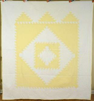 30's Yellow & White Sawtooth Diamond in a Square Quilt