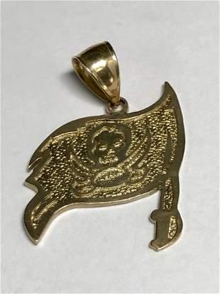 14 k Yellow Gold Buccaneer Flag Pendant