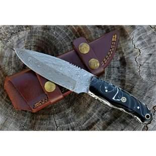 Full tang damascus steel knife sharp resin leather