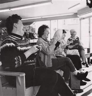 BERENICE ABBOTT - Mitten Knitting Contest, Sander's