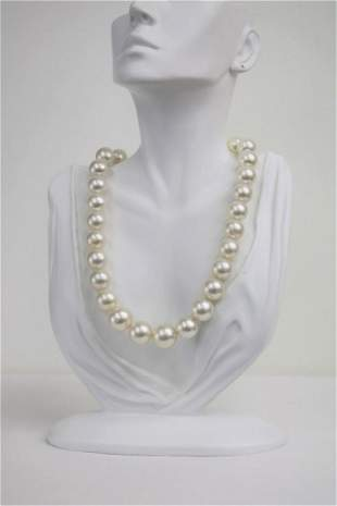 14-17mm South Sea Round Necklace White Rose with Gold