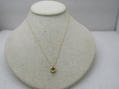 "Vintage 10kt Black Hills Gold Peridot Necklace 18"","