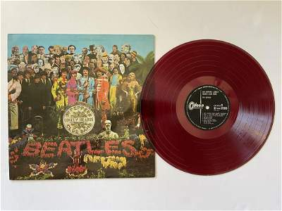 THE BEATLES - SGT. PEPPERS - JAPAN RED VINYL