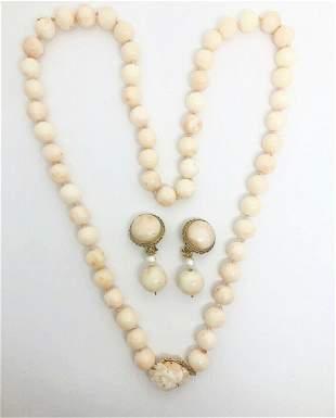 VINTAGE RETRO Angel Skin Coral Flower Beads Necklace