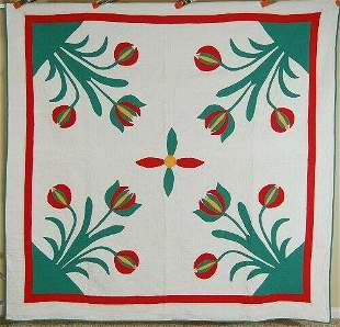 Well Quilted 30's 4-Block Tulips Quilt