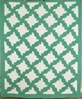 30's Green & White Drunkard's Path Quilt