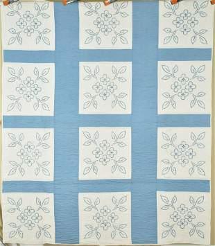 30's Blue & White Dogwood Quilt