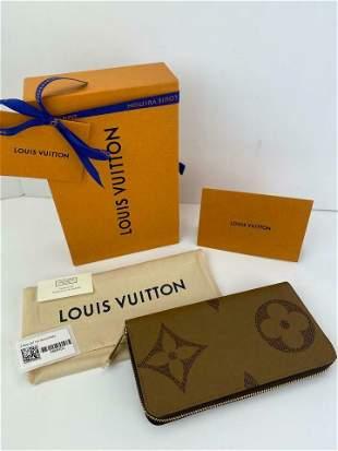 Louis Vuitton Zippy Wallet Giant Monogram Reverse