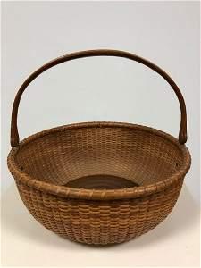 """Nantucket Basket With Handle 10"""" Diameter"""
