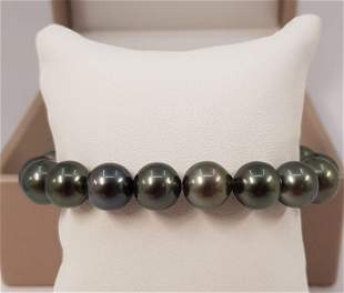 10.5x11.5mm Shimmering Round Tahitian Pearls - Bracelet