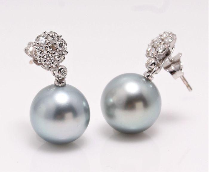 14 kt. White Gold - 12x13mm Round Tahitian Pearls -