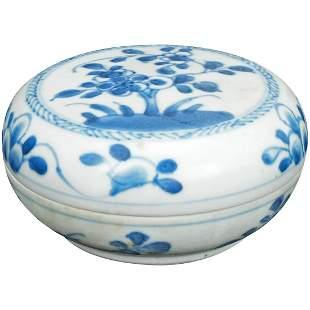 Chinese Porcelain Paste Box Kangxi Period c 1700