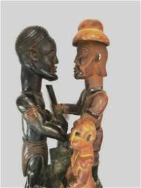 Impressive Sculpture depicting trade exchanges (arms