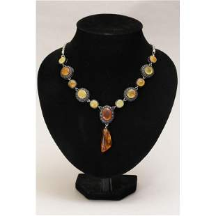 40 g. Natural Baltic amber necklace with pendant