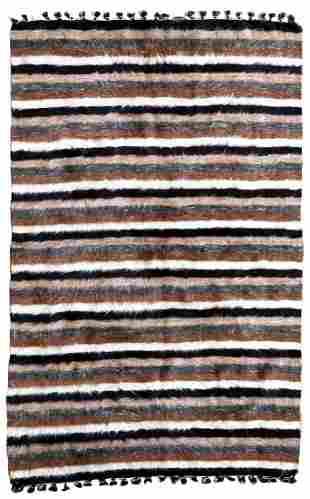 Handmade vintage Persian Angora rug 4.1' x 6.4' (125cm