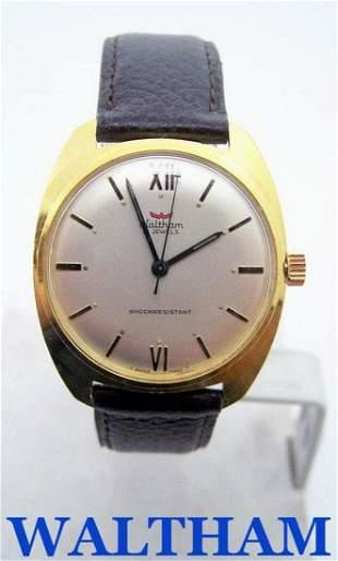 Vintage Swiss WALTHAM 17 Jewels Winding Watch c.1969
