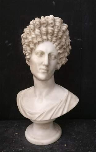 Carrara marble sculpture - Paolina Bonaparte - H 69 cm