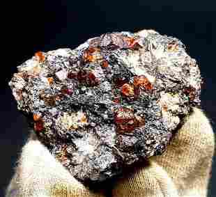 Garnet Crystal , Natural Undamaged Red Color Garnet