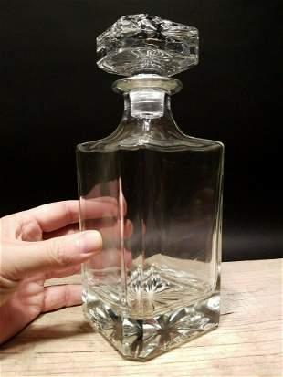 26oz Glass Whiskey Apothecary Decanter Bottle