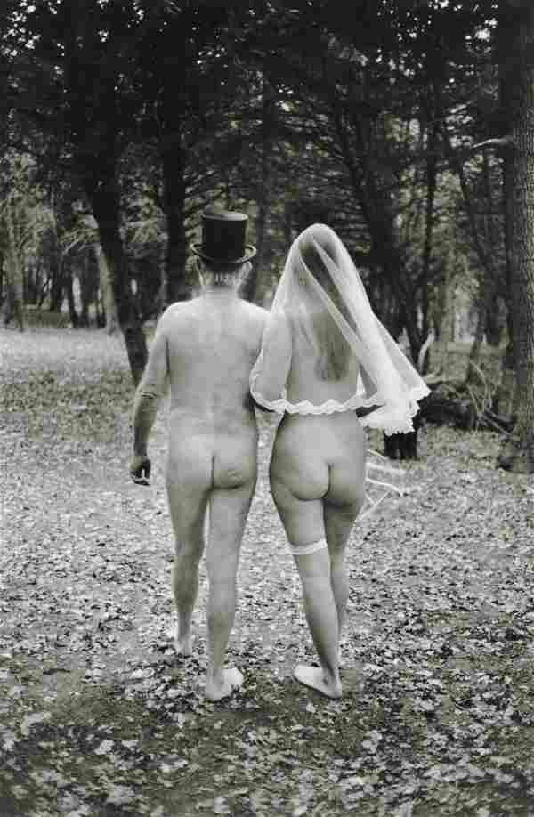 ELLIOTT ERWITT - A Nudist Wedding, England, 1984