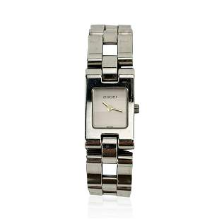 Gucci Stainless Steel Wrist Watch Mod 2305 L Quartz