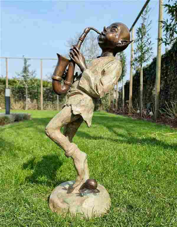 Extra large garden pixie - Bronze lawn art - Bronze