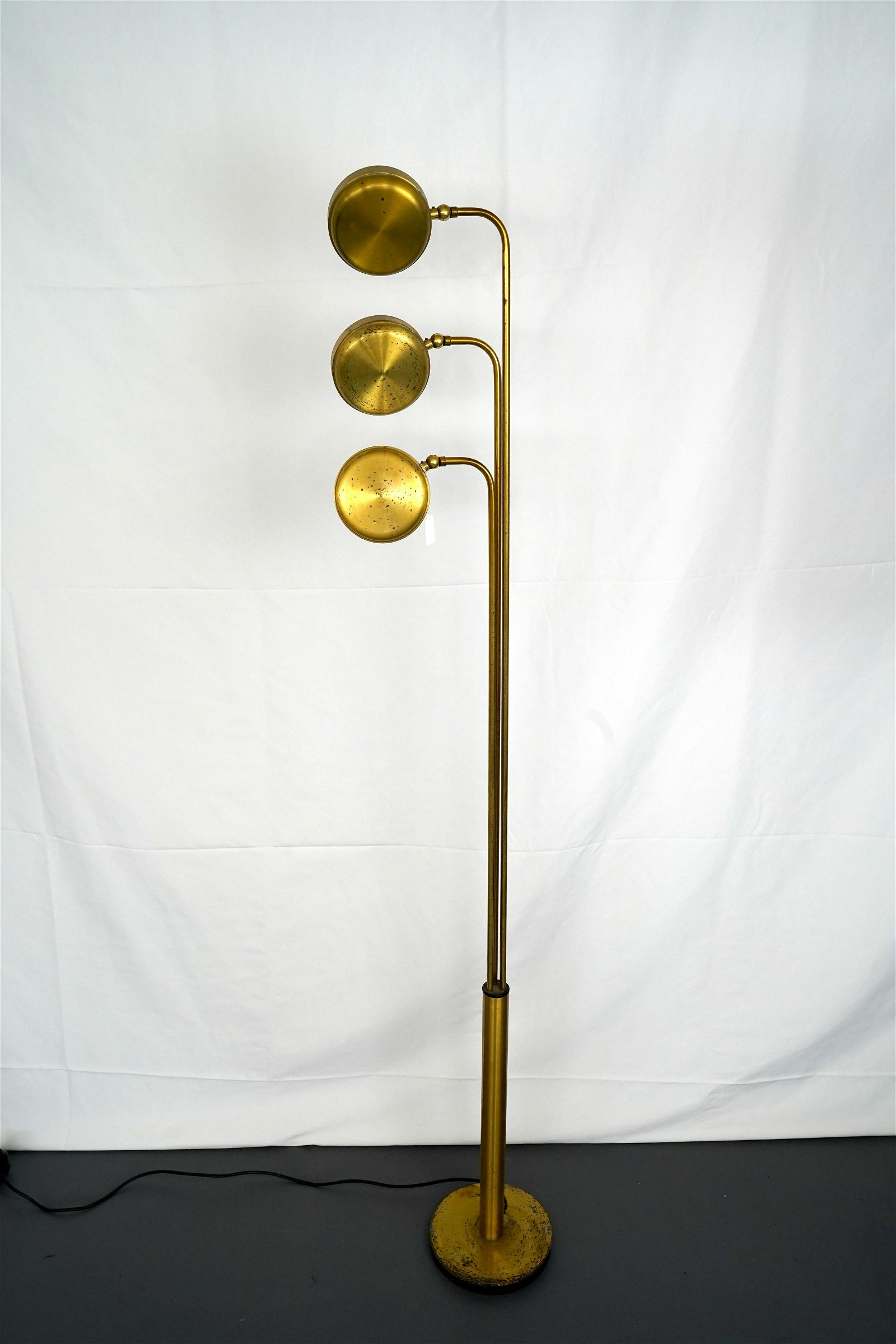 Italian vintage three arms brass floor lamp by Goffredo