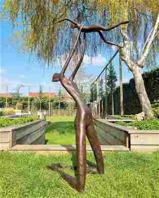 Modern bronze artwork - Garden sculpture - Parent with