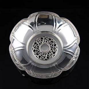 Italian sterling silver fruit plate in the middle of