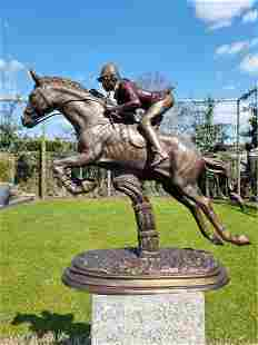 Obstacle Horse - Bronze sculpture of an amazone -