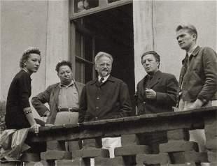 MANUEL ALVAREZ BRAVO - Group with Diego Rivera, 1939