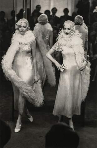 MARTINE FRANCK - Paris Fashion, 1974