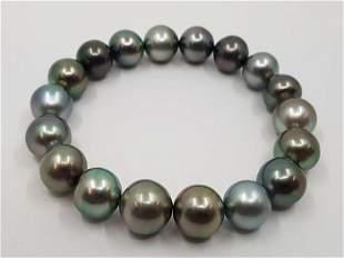 10x11.5mm Shimmering Tahitian Pearls Tahitiaanse parels
