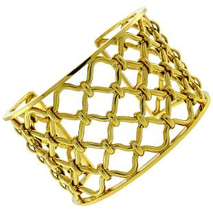 Verdura Kensington Yellow Gold Cuff Bracelet