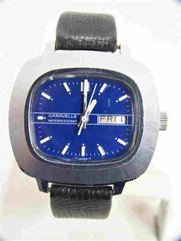 Vintage CARAVELLE 16J Mens Winding DAY DATE Watch