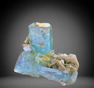 1378 C.T Blue Gemmy Aquamarine Specimen From