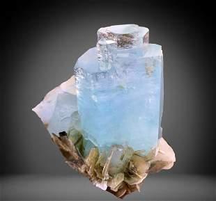 553 C.T Blue Gemmy Aquamarine Specimen From