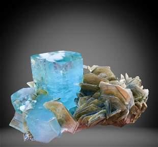 1464 C.T Blue Gemmy Aquamarine Specimen From
