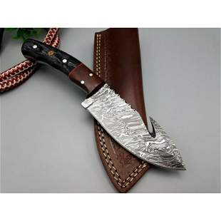 Handmade damascus steel knife hunting walnut wood