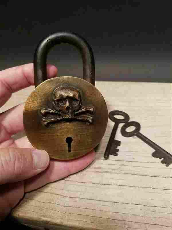 Brass Pirate Skull Padlock Lock & Key